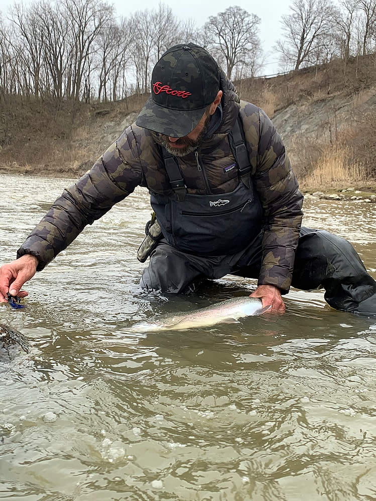 Ohio Steelheaders on the River